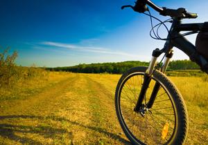 """""""iniziativa """"Magnalonga: in bici degustando la Puglia"""""""